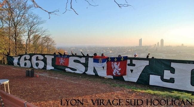 La photo peu glorieuse qui sort avant OL-ASSE