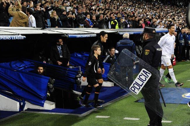 Choqué par l'attentat, Cavani « préférerait ne pas rentrer » au PSG