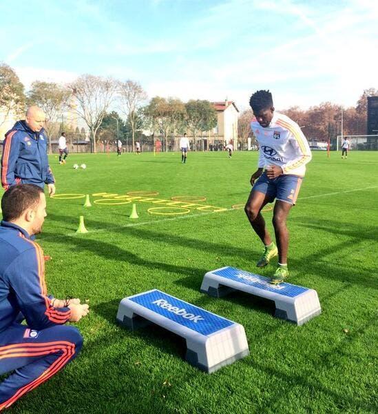 Umtiti et Gonalons ont repris l'entraînement à Lyon