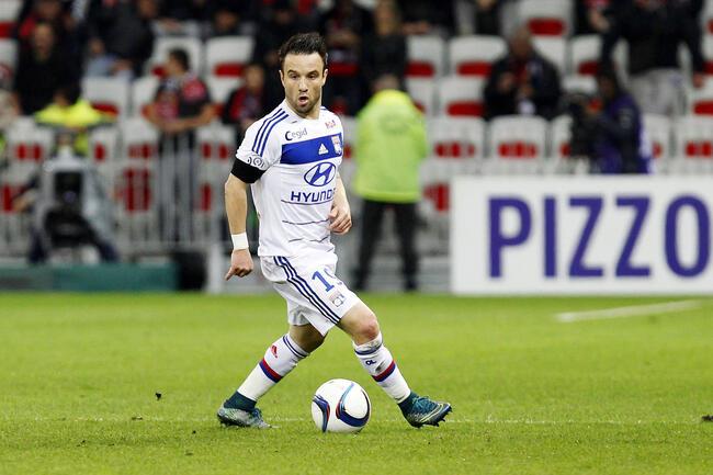 Lopes juge «inadmissibles» les attaques contre Valbuena