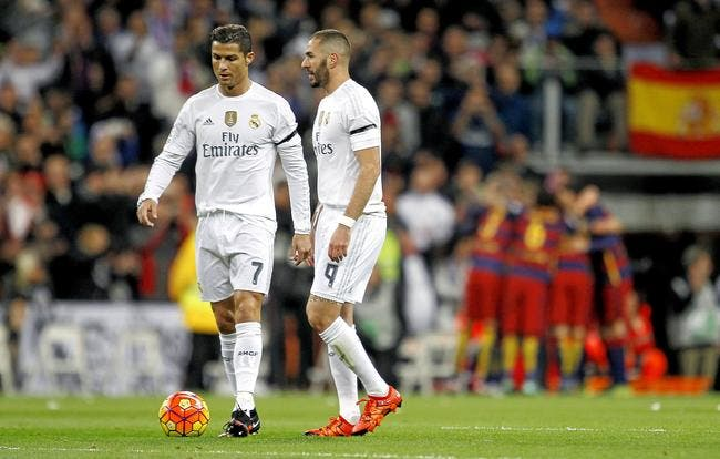 Le crachat de Benzema après La Marseillaise ne passe pas pour Ménès