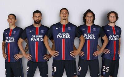 Le PSG sort un maillot sans sponsor « Je suis Paris »