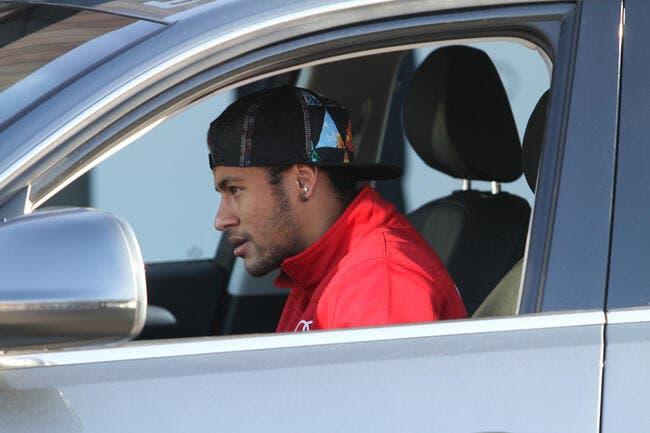 Les joueurs du Barça perdent le contrôle de leur voiture