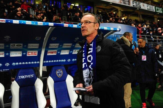 Dernier avec 0 victoire, Furlan est confirmé à Troyes !