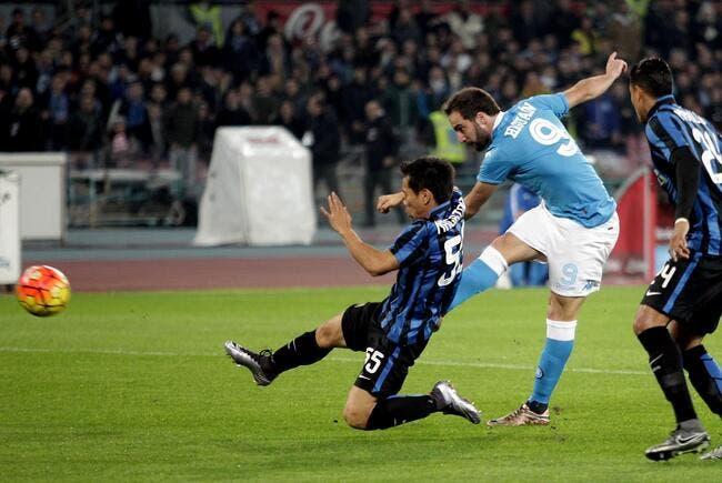 Naples remporte le choc face à l'Inter
