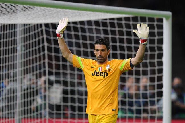 Buffon ricane d'être absent dans la liste du Ballon d'Or