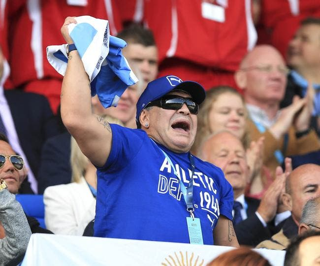 Vidéo : Maradona met le feu à la Coupe du monde de rugby