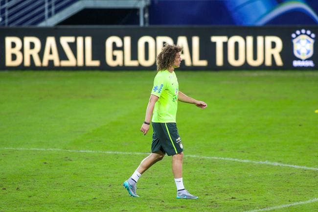 Le PSG s'inquiète pour David Luiz, blessé au genou