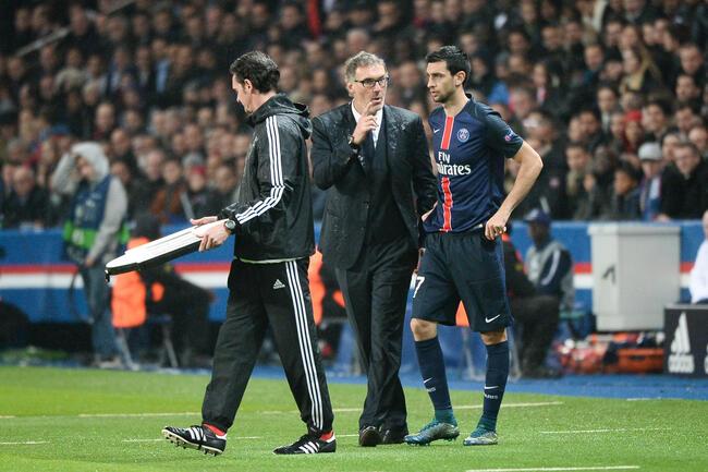 Anigo en admiration devant le coach du PSG