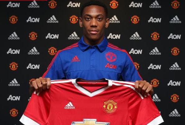 Officiel : Anthony Martial signe à Manchester United !