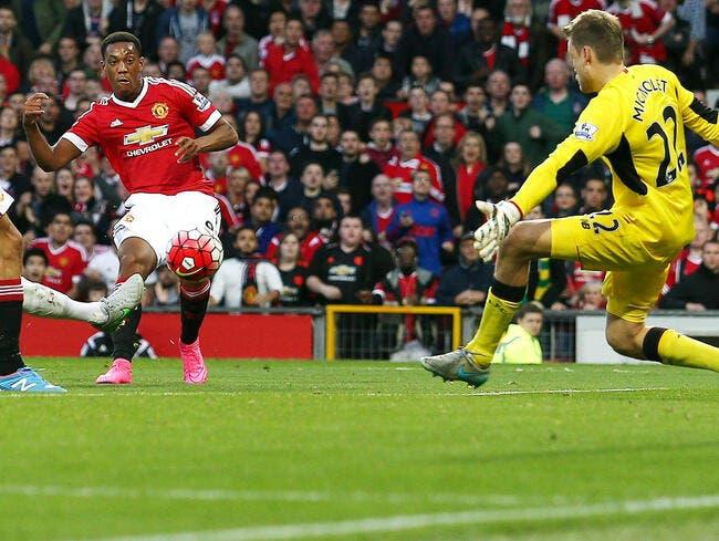 Anthony Martial entre et marque avec Man Utd !