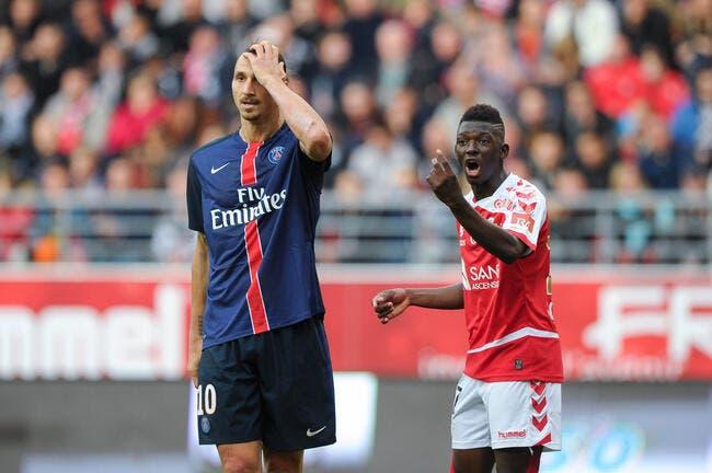 Un problème Ibrahimovic au PSG ? Laurent Blanc rigole