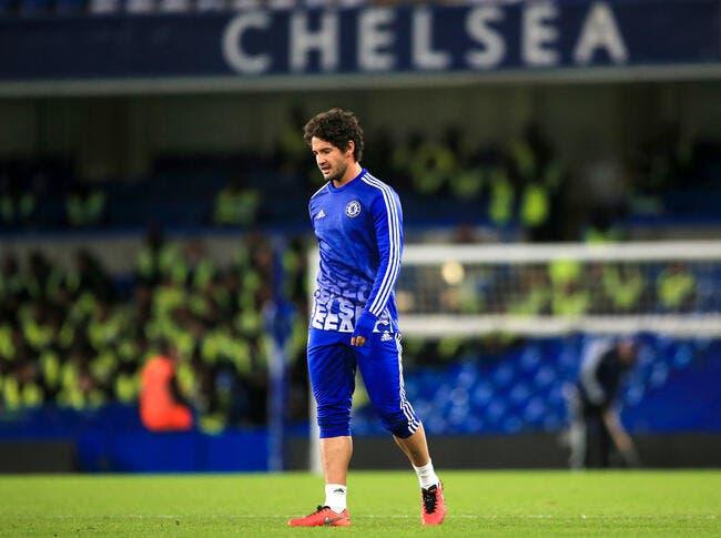 Pato joue enfin et marque en Premier League après la blessure de Rémy