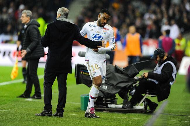 France: Benzema écarté, l'OL s'en réjouit pour Lacazette