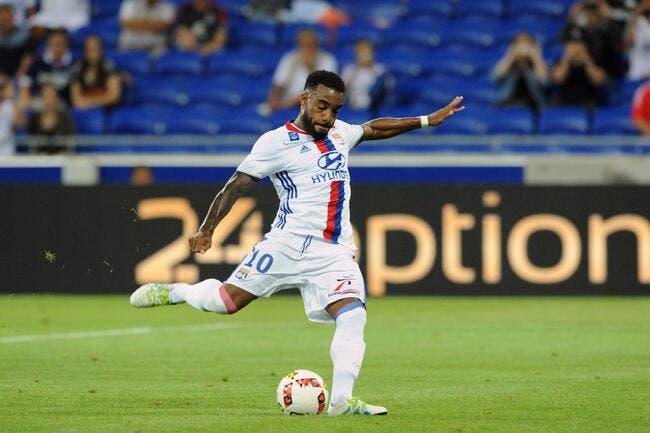 OL : Lyon dément encore fermement le départ de Lacazette à Arsenal