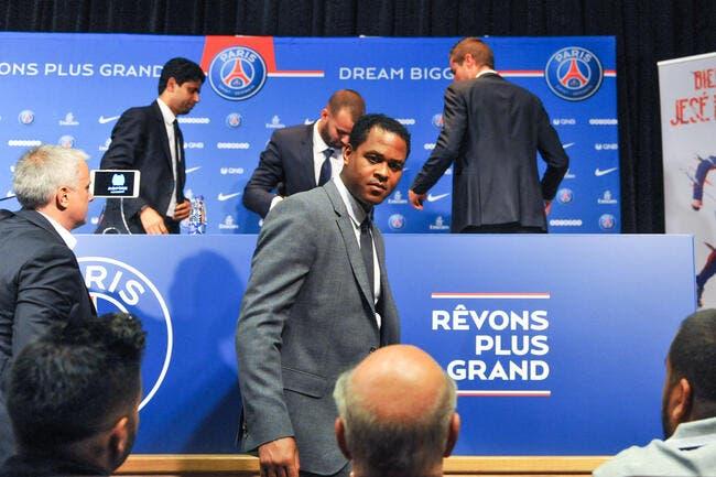 PSG : Kluivert recruté pour éviter un fiasco du mercato parisien ?