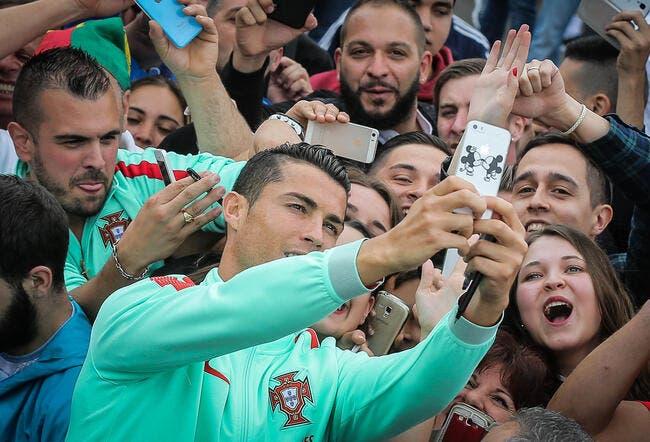 Cristiano Ronaldo : Un selfie ave CR7, l'invention ultime pour gagner du cash