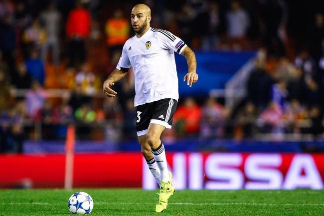 Mercato : Trois clubs de Premier League se battent pour Abdennour