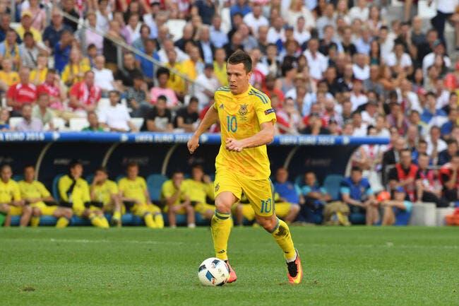 Officiel: Konoplyanka rejoint Schalke 04