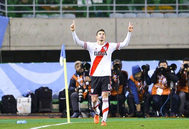 PSG: Intéressé, Lucas Alario attend des nouvelles de Kluivert