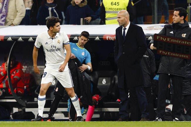 Real: Coach Zidane enlève son costume et félicite le fiston