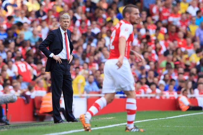 Arsenal: Man United voulait Debuchy? Wenger en rigole
