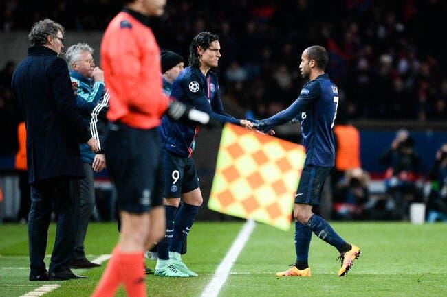 PSG : Cavani ou Lucas à Chelsea, Dugarry tranche