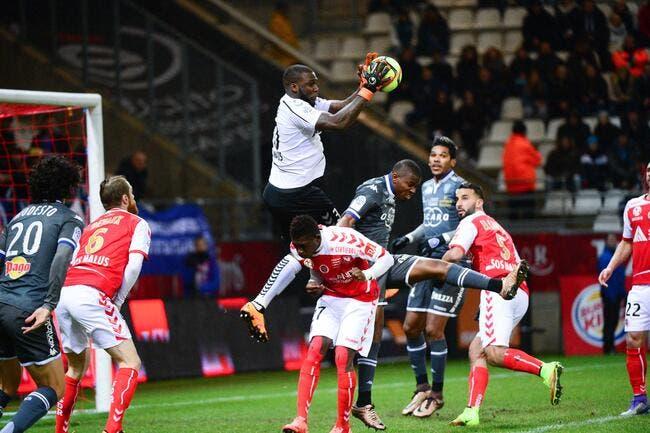 Reims se prive de son gardien face au PSG