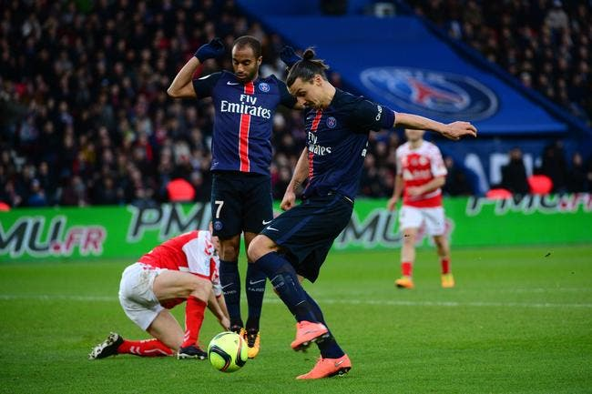 Ibra et le PSG balaient Reims