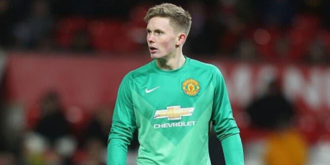 Man Utd fait revenir d'urgence un gardien de but de 18 ans