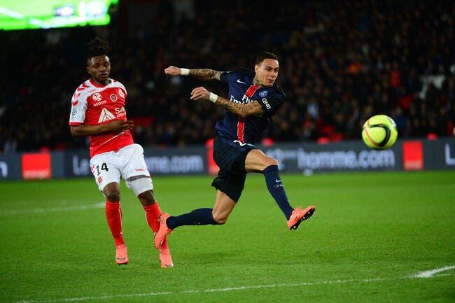 PSG : Van der Wiel ne se sent pas aimé