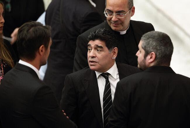 Maradona traite Infantino de «traitre», et envoie Platini et Blatter en prison
