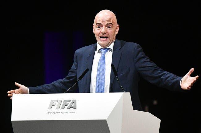 FIFA : Infantino confirme le Mondial 2018 en Russie et 2022 au Qatar