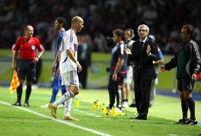 Domenech applaudit Zidane, mais craint le coup de boule
