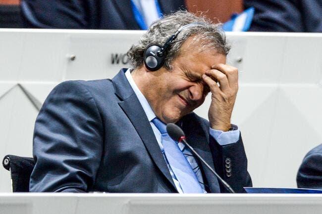Platini se retire de la course à la présidence de la FIFA