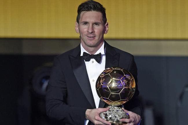 Lionel Messi remporte un 5e Ballon d'Or