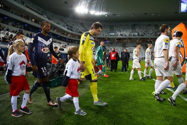 Pour remplacer Carrasso, Bordeaux se tourne vers le PSG