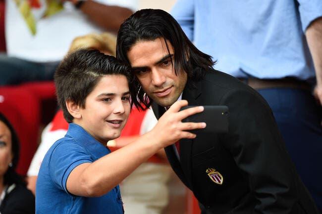 ASM : Le geste à 7ME  de Falcao pour rester à Monaco !
