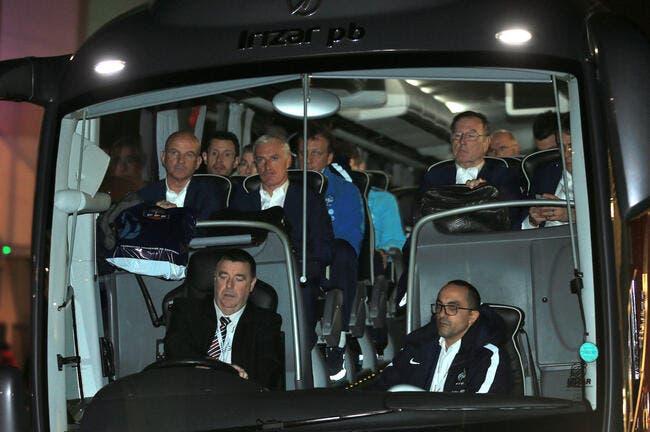 Euro 2016 : Le bus «Champions d'Europe 2016» grillé sur l'autoroute