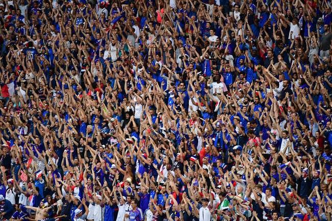 La belle image d'un fan français consolé par les Portugais