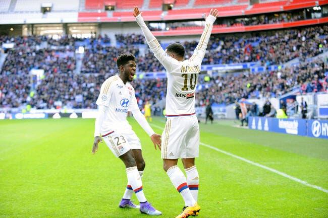 OL: A Lyon, Umtiti ne parlait que du Barça révèle Lacazette