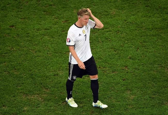 PSG: Schweinsteiger a un prix: zéro euro!