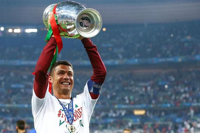 Ballon d'Or : Drogba renvoie Cristiano Ronaldo sur le trône