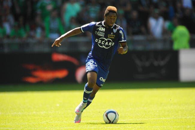 Officiel : Kamano rejoint les Girondins de Bordeaux