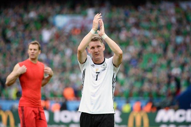 Allemagne : Bastian Schweinsteiger annonce sa retraite internationale !