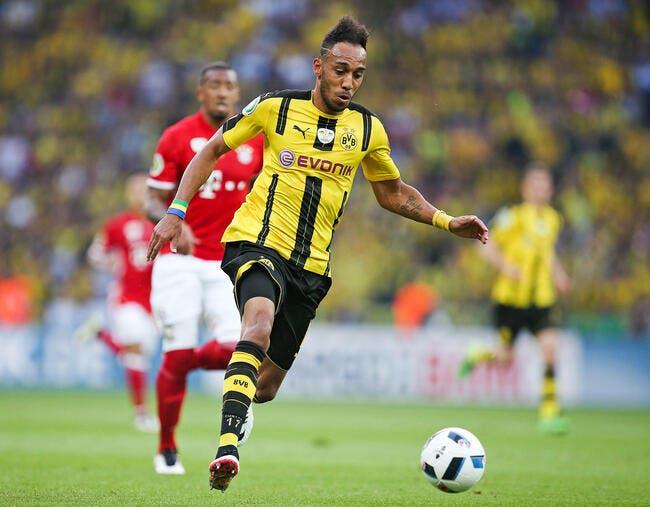 Bundesliga : Aubameyang élu joueur de la saison 2015-2016