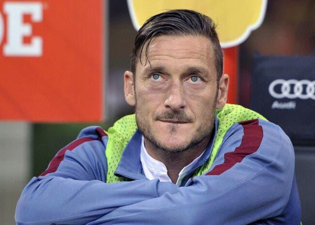 Totti prolonge à la Roma et jouera jusqu'à 40 ans