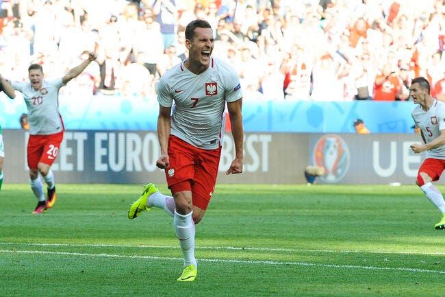 Euro 2016 : La Pologne s'offre une victoire historique