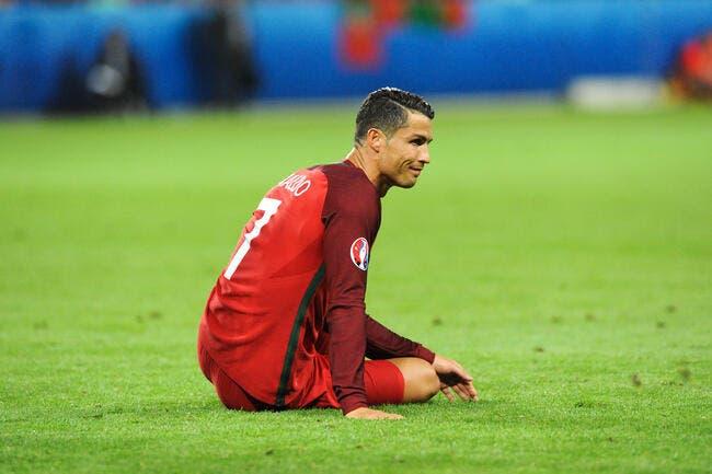 Cristiano Ronaldo se fait sévèrement troller après Portugal-Islande