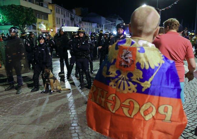 Euro 2016 : Deux supporters russes arrêtés à Lille